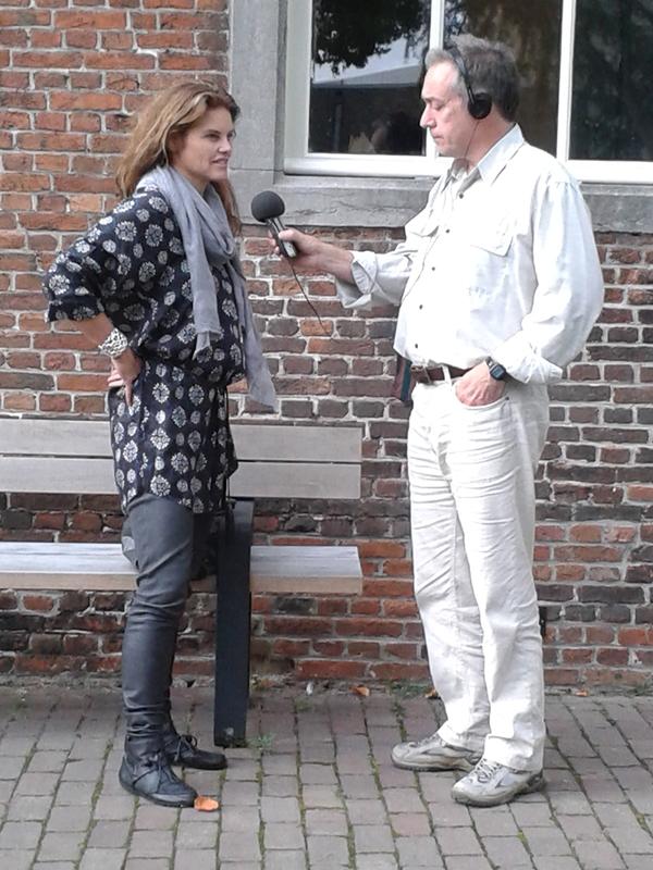 http://www.grensgeluiden.nl/afbeeldingen/20131006_170102.jpg