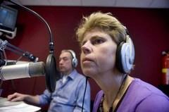 BC201501-Joep_Trommelen-radioprogramma_grensgeluiden-Yvonne_Ton-foto_Piet_den_Blanken-GUA_3352-600.jpg