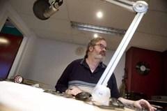 BC201501-Joep_Trommelen-radioprogramma_grensgeluiden-technicus_Ad_van_Leunen-foto_Piet_den_Blanken-GUA_3372-600.jpg